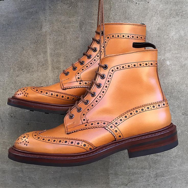 The Tricker's Country Stow heavy brogue Derby boot is the cornerstone of our company. Handmade in Northampton using traditional Goodyear welted construction - it's what we're known for! Now available to purchase worldwide from our website trickers.com (link in our Instagram bio). #trickers #mensshoes #mensfootwear #englishmade  #countryboots #lastalifetime #authentic #goodyearwelted #handmadeshoes #outdoors #rugged #sturdy #mensboots #madeinengland #mensstyle #handmadeboots #madeinengland…