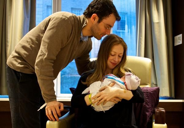 Chelsea Clinton        ✔ @ChelseaClinton Follow  At 7:03 PM on September 26th, we finally met Charlotte. We're in love. 2:29 PM - 27 Sep 2014    https://twitter.com/ChelseaClinton/status/515946379559333889/photo/1   https://twitter.com/ChelseaClinton/status/515720633150619648