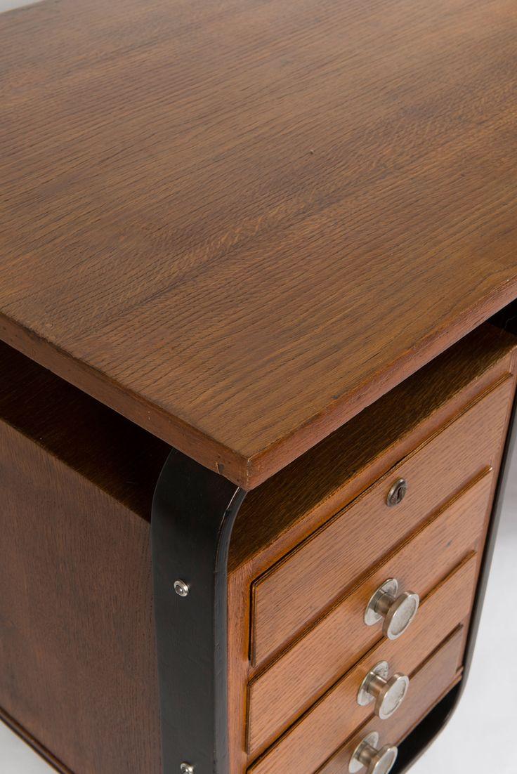 Lot 118A184 - 'Bocconi' desk, 1939/40 Pagano Pogatschnig, Giuseppe Maggioni, Gino, Varedo -> Auction 118A - Text: english Version