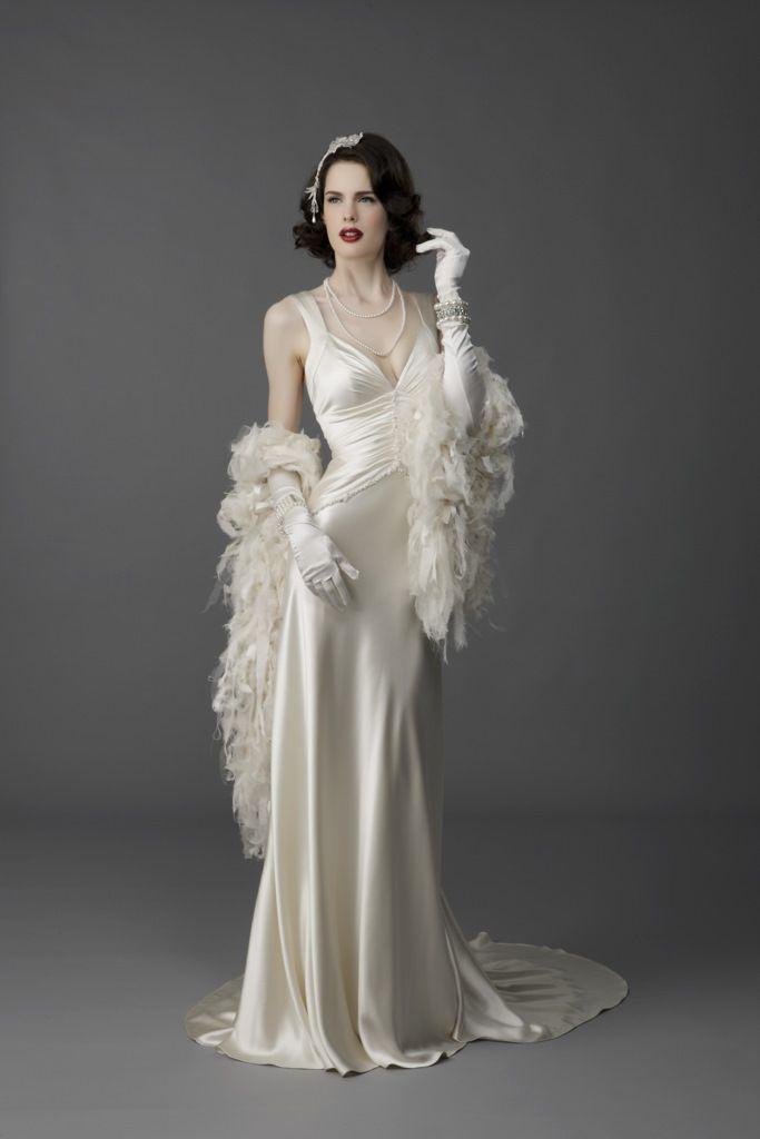 the amazing vintage wedding dress old hollywood