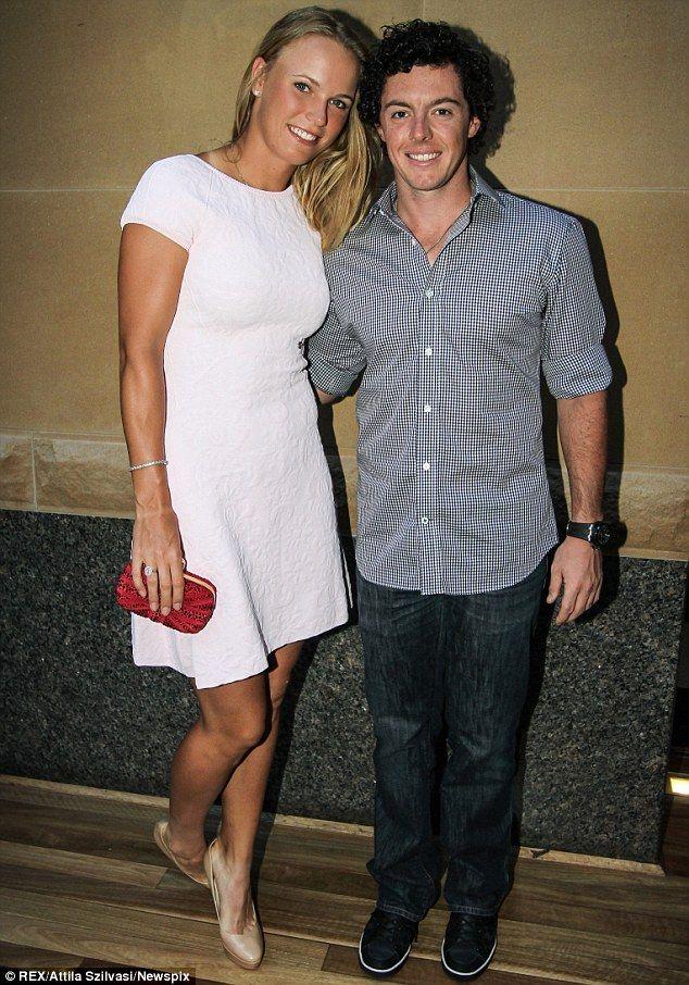 Rory McIlroy 'splits with Caroline Wozniacki' - http://uptotheminutenews.net/2013/10/14/breaking-news/rory-mcilroy-splits-with-caroline-wozniacki/