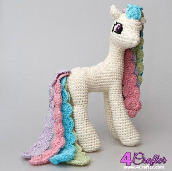Amigurumi Pattern My Little Pony : 25+ Best Ideas about Crochet Pony on Pinterest Crochet ...