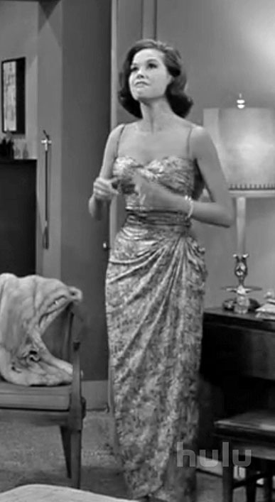 The evening gown she wore to a formal dinner party attended by literati. One of the few prints she wore.