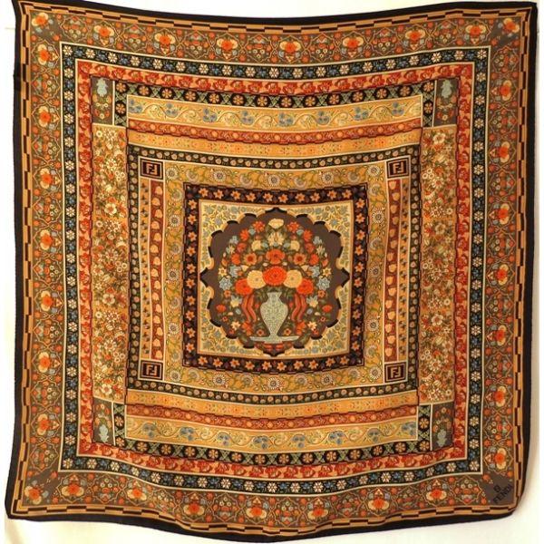 09bbb0d68c foulard fendi,carré de soie,fendi foulard,vintage,Italy,collection ...