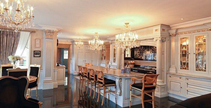 Pale blue regency kitchen clive christian comissions for Robert clive kitchen designs