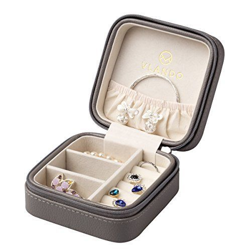 16 best joyeros images on Pinterest Jewel box Travel jewelry box