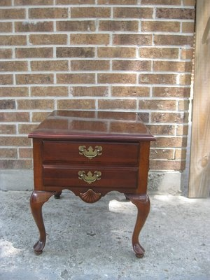 Queen Anne Nightstand/ End Table Cherry Finish
