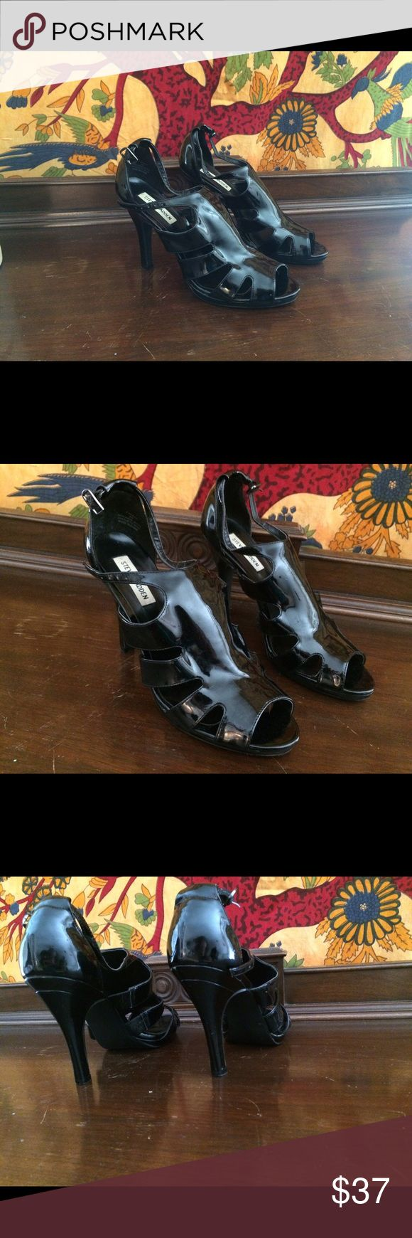 """Steve Madden Black Heels Steve Madden black patent leather caged heels. Size 9 1/2 with a 2 1/2"""" heel. Lightly worn but great condition. Steve Madden Shoes Heels"""