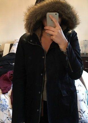 Kup mój przedmiot na #vintedpl http://www.vinted.pl/damska-odziez/kurtki/15202399-zimowa-czarna-parka-zara-basic-tumblr-minimalizm