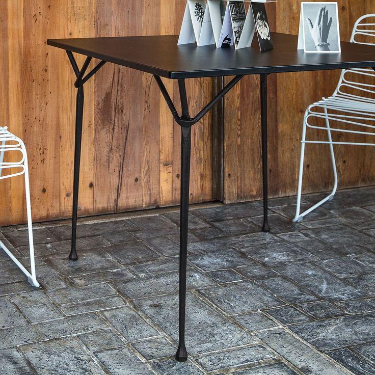 17 migliori idee su Tavolo In Ferro su Pinterest  Camere da cucito piccole, Stanza del cucito e ...