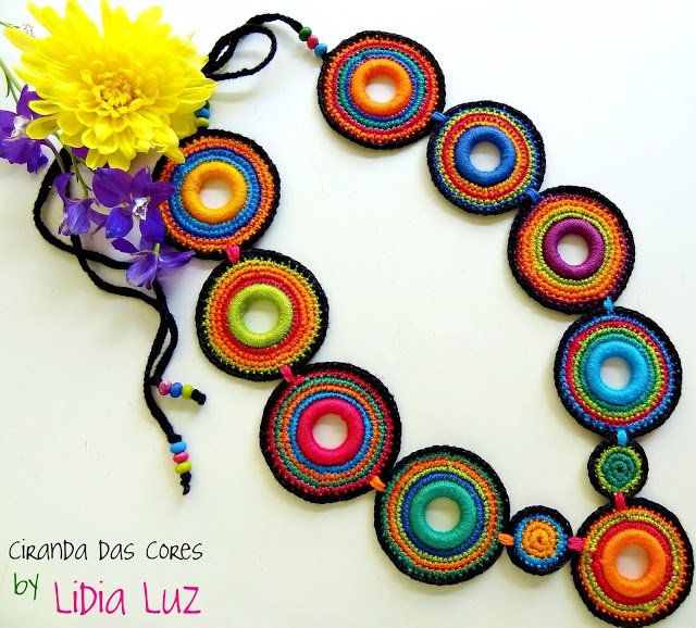 Crochet necklace by Lidia Luz