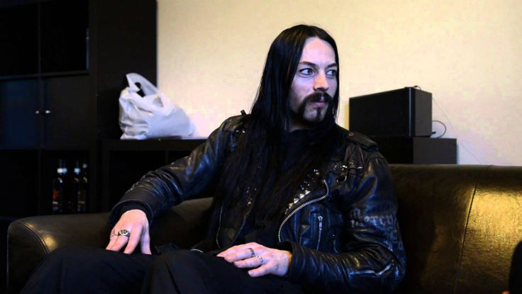 Nostalgic drummer Kjetil-Vidar Haraldstad (aka Frost) from Norwegian black metal act Satyricon, was recently interviewed by Nev Pearce of Autralia's Rabid Noise Radio. Read more about it, but mostly, listen to the podcast.
