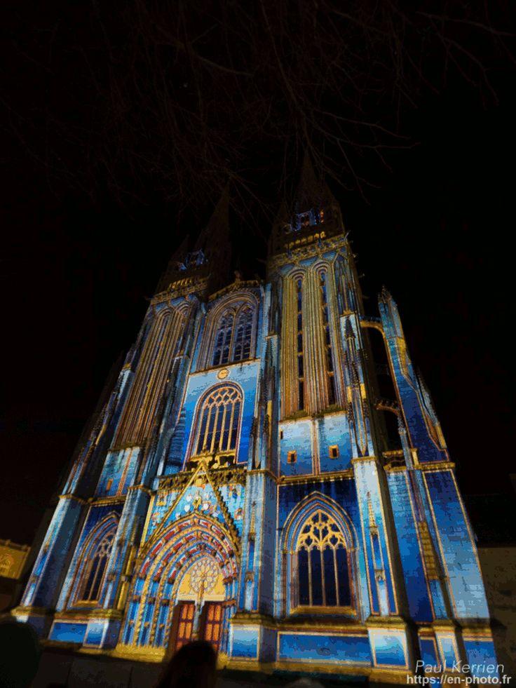 gif de 14 éclairages du spectacle Iliz Veur (église grande) sur la façade de la cathédrale Saint-Corentin hier soir à #Quimper © Paul Kerrien 2017 https://en-photo.fr Finistère Bretagne  #Finistère #Bretagne