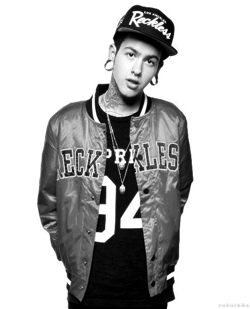 T. Mills is sooo sexy . If yoy dont like him then your just plain weird!!! If you dont know him then try listening to his music ;)