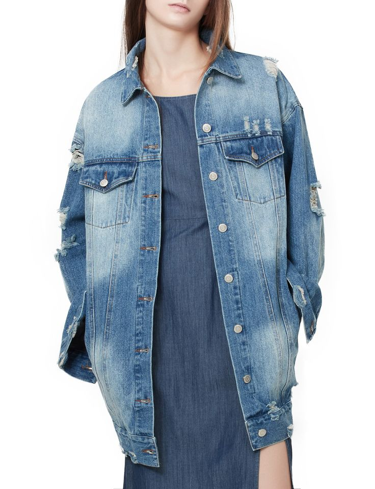 LE3NO Womens Oversized Long Sleeve Distressed Boyfriend Denim Jacket