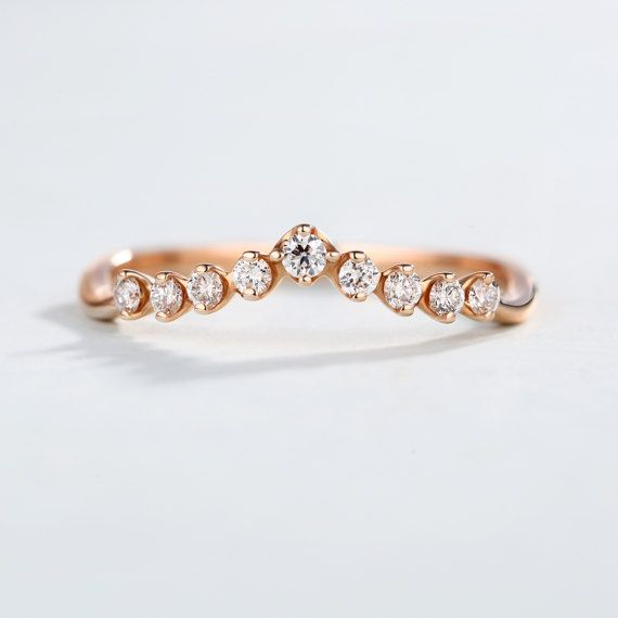 Gebogen Diamond Ring bruiloft Band 14k rose gouden door RingOnly