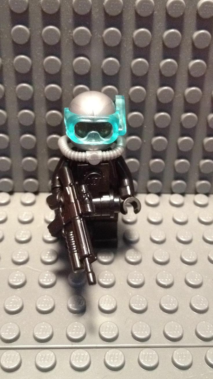 Lego Navy SEAL in scuba gear!