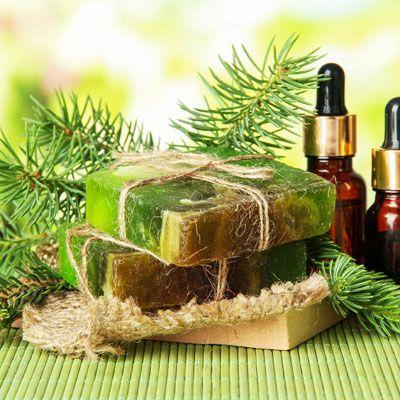 Seife herstellen - Seifen-Rezept: Seife gegen Pickel selber machen