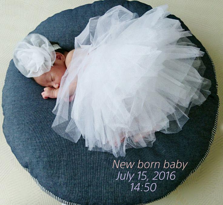0m26d あと3日 ニューボーンフォト |shina34歳ゆる妊活~前期破水~7.15出産╰(*˘︶˘*)╯