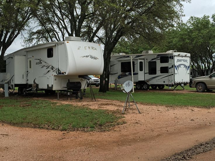 "Rockin R RV Park at Brady, Texas - Peaceful Country Setting. The preferred greeting is ""Howdy Y'all!!""  Big rig friendly, 38 total RV sites, full hookups, back-ins, pull-thrus, dump station, water, sewer, wifi.  Pet area includes pooper scooper, trash can and baggies.  Brady Municipal Golf Course Nearby."
