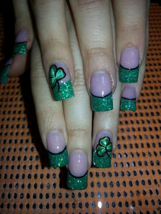 St.Patrick's Nails.. Green acrilyc