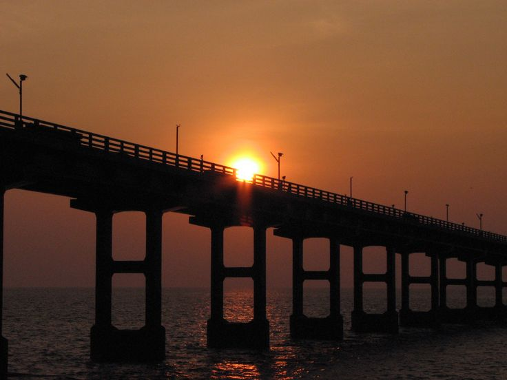 * Pamban Bridge * Sunset.   (Rameshwaram<>Pamban Island), Índia.