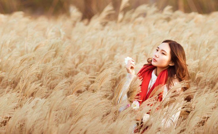 Meninas, Menina Com Um Lenço Vermelho, Menina Reeds