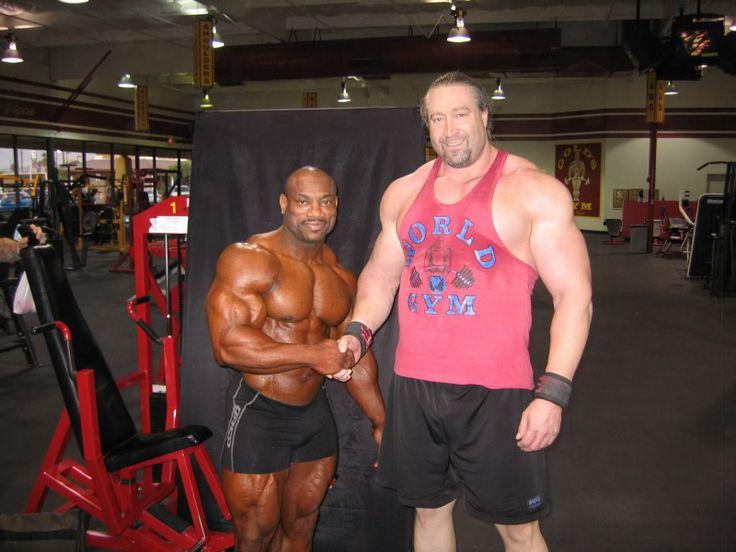 Bodybuilder meets powerlifter. | Bodybuilding | Pinterest