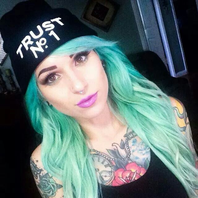 Hot Girls With Green Hair