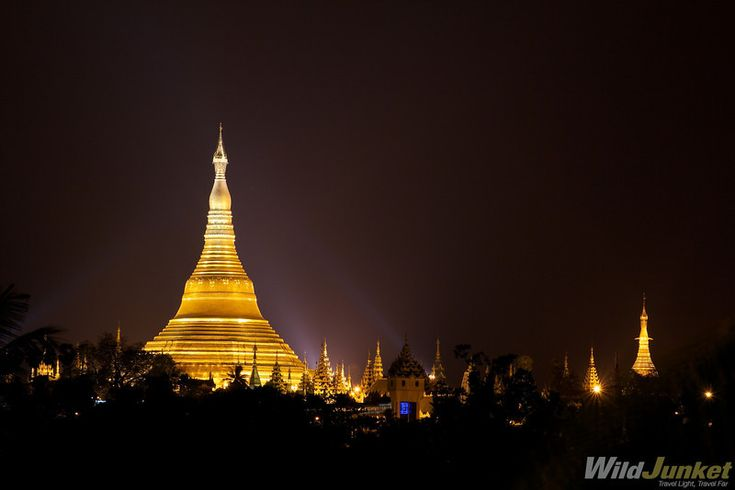 Looming over the skyline of Yangon is the Shwedagon Paya, also known as the Golden Pagoda. The pagoda lights up the entire city with its golden glow, a beautiful sight visible from almost anywhere in the city.