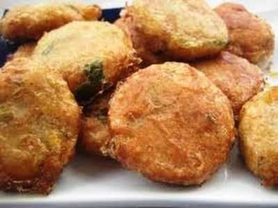 Perkedel Kentang Kornet - Berikut ini ada panduan cara membuat bumbu masakan untuk resep perkedel kentang kornet daging ayam atau udang rebus ala restoran kfc padang paling enak.