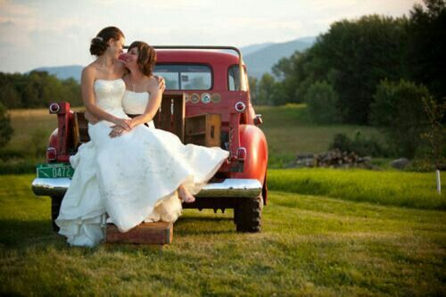 56 Best Mollies Wedding Images On Pinterest: 17 Best Images About Lesbian Wedding...one Day On