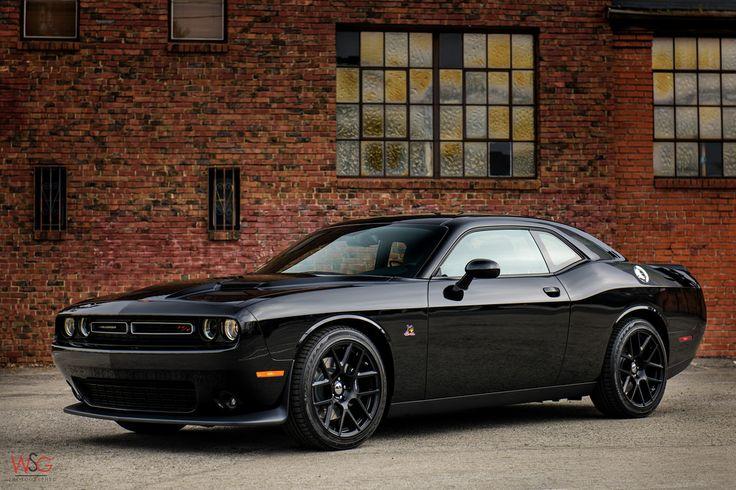 2015 Dodge Challenger RT Scat Pack 01