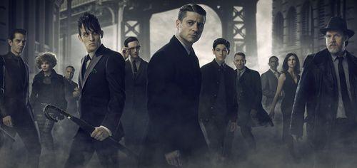 Spettacoli: In #Gotham 2 #tempi duri per Bruce Wayne: cederà la sua azienda a Galavan? Anticipazioni 21 febbraio (link: http://ift.tt/2l7dKsQ )