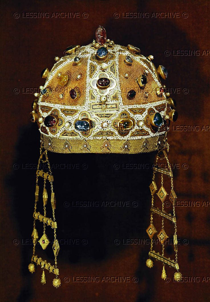 Crown of Constanza of Aragon, (1179-1222), wife firstly of King Emeric of Hungary, but known better as Empress through her second marriage, to Frederick II, Holy Roman Emperor.