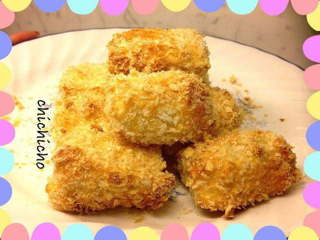 Air Fried TOFU  Ingredients:  1 block of tofu 100g panko (bread crumb) 1 egg 1/2 table spoon flour  salt pepper  Cut the tofu in to bite sizes, similar to a chicken mcnugget.  I could make 16 pieces of tofu from 1 block of tofu.  Beat the egg, add in flour and mix until smooth. Add in hint of salt and pepper for taste. Dip the tofu into the egg mix, take it out and then roll it around in panko.  Then I just put the tofu carefully into the airfryer and fried it for 10min.   I also got some…