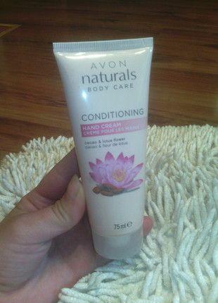 Kup mój przedmiot na #vintedpl http://www.vinted.pl/kosmetyki/10189479-naturals-care-kakao-i-kwiat-lotosu