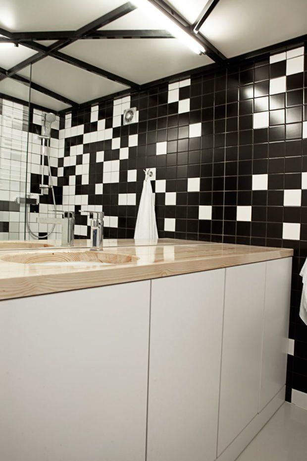Minimalist Black And White Apartment In Poznan, Poland - UltraLinx