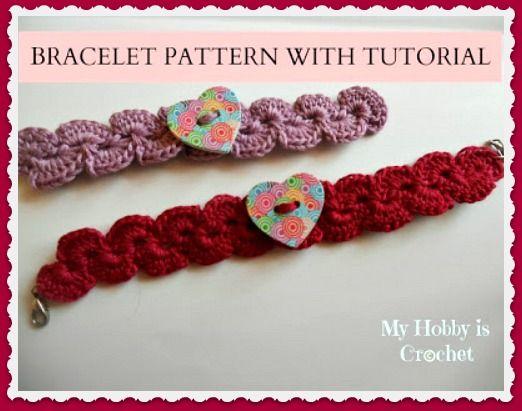 Crochet  bracelet with wooden heart button #crochet #freepattern