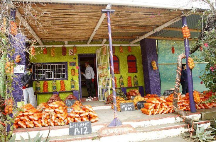 Padstal naby Citrusdal in die Olifantsriviervallei. Suid-Afrika.