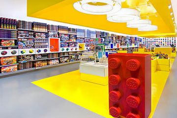Toy Store | Retail Design | Store Interiors | Shop Design | Visual Merchandising | Lego store 2 NYC