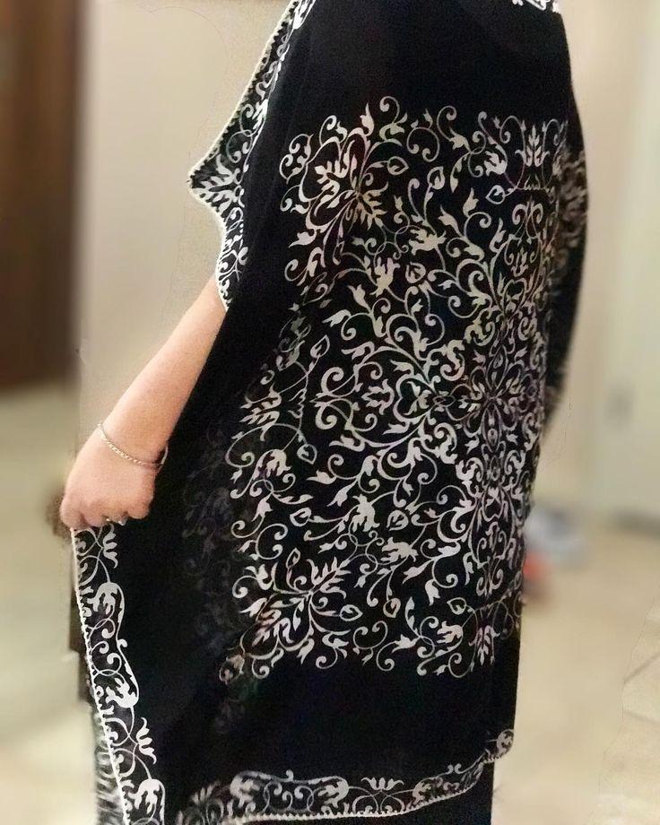 Pratikliği sevenlere ister plajda isterse günlük yaşamda rahatlıkla kullanabileceği uygun fiyatlı her renkte elbise ������✨��#elbise #handmade #tığişi #tasarım #design #crochet #knitting #art #sizeözel #pratik #kişiyeözel #hediye #dress #pareo #kimono #bikini #mayo #beachwear #fashion #trend #plajelbisesi #çokamaçlı #cotton #elişi #beach #plaj #moda #tarz #summerdress #uygunfiyat http://turkrazzi.com/ipost/1523783957816348680/?code=BUlkW-wFRAI