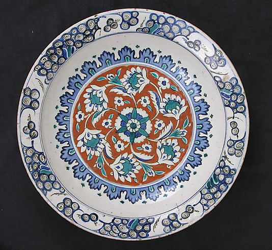Dish | Iznik, Turkey, last quarter 16th century | Stonepaste; polychrome painted under a transparent glaze | The Metropolitan Museum of Art, New York