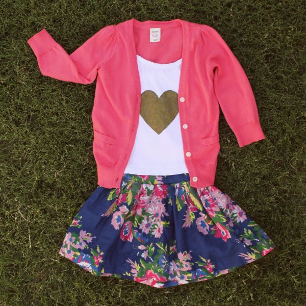 i think this would be fun for Emmeline to wear on valentine's day. She already has a skirt just like it.