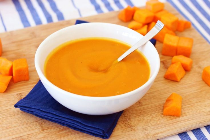 We're loving this Ginger Butternut Squash Soup. It's easy and healthy, which helps to keep our New Year's Resolutions on track. It's also super convenient, especially on those nights when you leave work too late to make something at home. And did we mention it only takes 30 minutes, 5 ingredients, and only sets you back 110 calories?!  If you need more soup inspiration, don't forget to check out our easy Chicken Tortilla Soup or other Healthy Winter Soups!