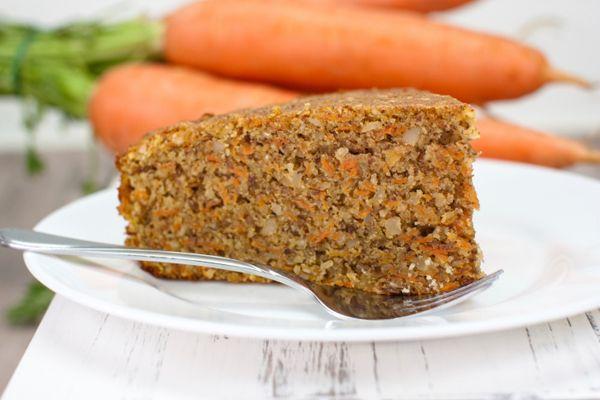 Torta di carote vegana, ricetta economica a meno di 3 euro