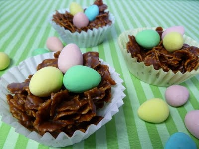 This is a cute idea that I could make with no bake cookies and Easter eggs.