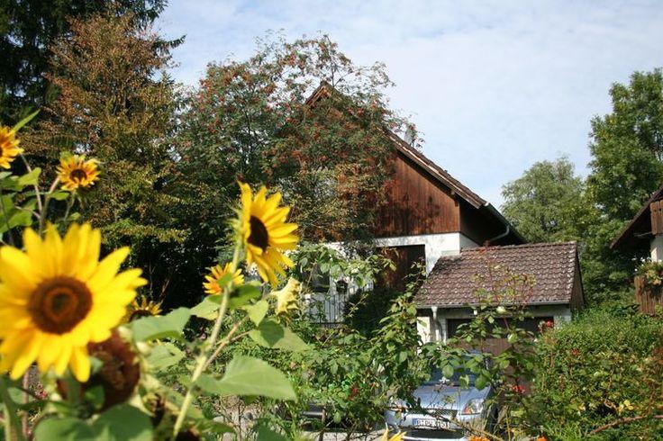 Leuk vakantieappartement te huur nabij de Bodensee. De vakantiehuis in de plaats Moos biedt ruimte aan vier personen.