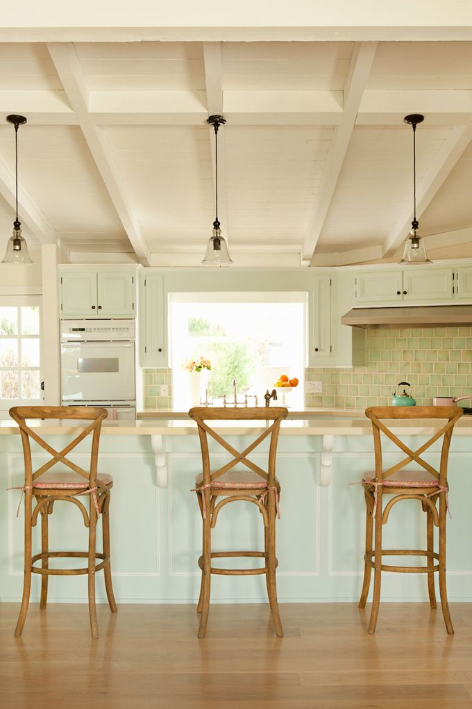 Coastal kitchen ~ House of Turquoise: Brende Home