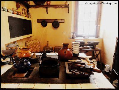 Museo Casa Mima. Ciudad de Guatemala. . 1800, donde habitó la familia Escobar Vega. Cocina